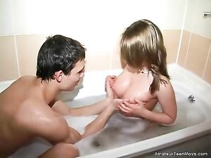 Bathing With A Teenage Chick That Sucks His Dick