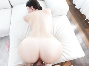 Sultry Blowjob In A Bikini From The Brunette Beauty
